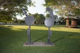 sculpture Dusk and Dawn